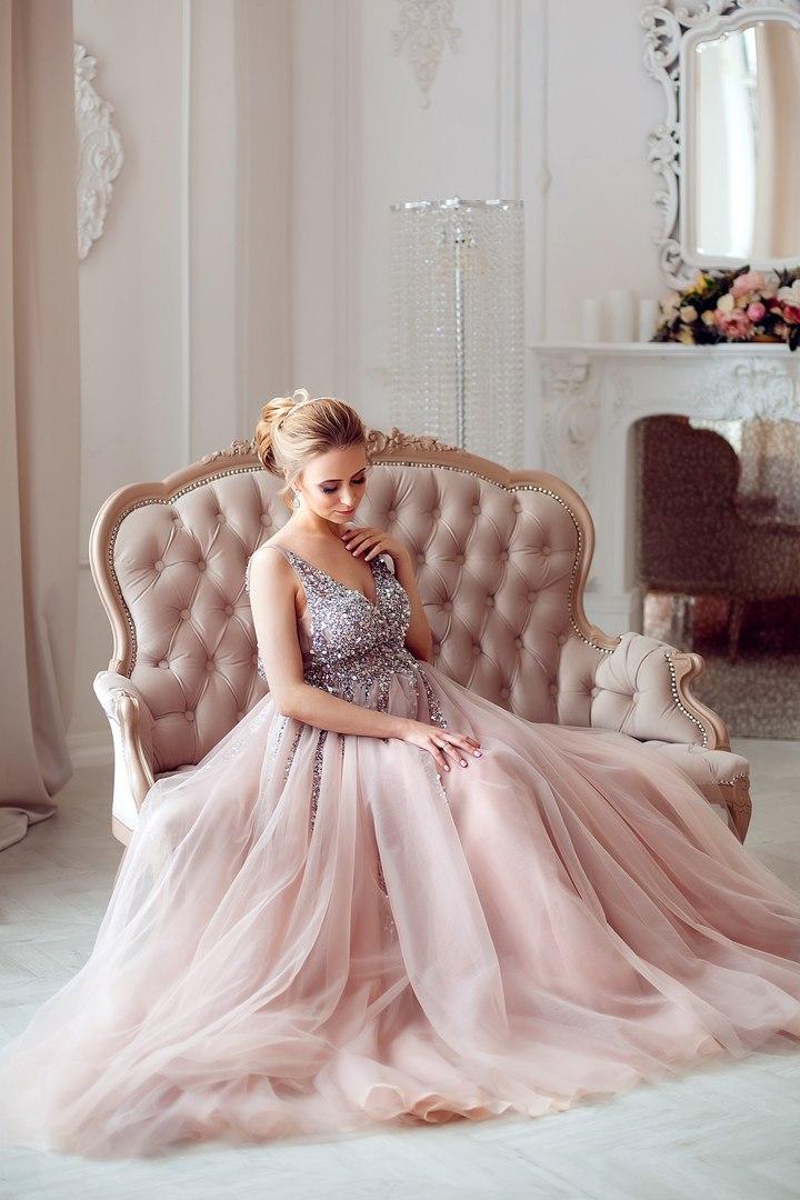 Аренда платьев и костюмов для фотосессий